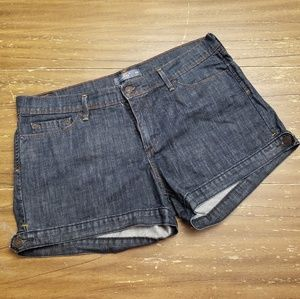 Ladies Levi's Dark Denim Shorts